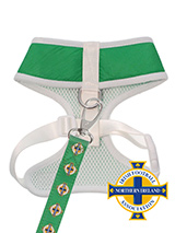 Northern Ireland Football Team Harness & Lead Set - Our Official Northern Ireland Retro Harness and Lead Set provides the ultimate in comfort and safety. It features a breathable material for maximum air circulation that helps prevent your dog overheating and is held in place by a secure clip-in action. The soft padded breathable side covers the dogs...